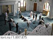 Купить «Кул-Шариф. Внутреннее помещение. Намаз», фото № 1897875, снято 30 июня 2010 г. (c) Наталья Волкова / Фотобанк Лори