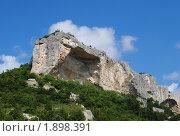 Купить «Горы Бахчисарая», фото № 1898391, снято 12 июля 2010 г. (c) Павел Шелунцов / Фотобанк Лори