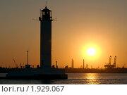 Купить «Одесский маяк», фото № 1929067, снято 23 августа 2010 г. (c) Некрасов Андрей / Фотобанк Лори