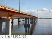 Висячий вантовый мост через реку Обь г. Сургут (2010 год). Стоковое фото, фотограф Сергей Бахадиров / Фотобанк Лори