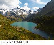 Купить «Республика Алтай. Озеро Поперечное», фото № 1944431, снято 22 августа 2010 г. (c) Andrey M / Фотобанк Лори