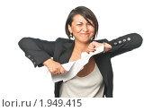 Купить «Рассерженная деловая женщина рвет бумаги», фото № 1949415, снято 26 августа 2010 г. (c) Давид Мзареулян / Фотобанк Лори