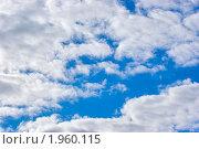Голубое небо в облаках (фон) Стоковое фото, фотограф ac / Фотобанк Лори