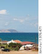 Купить «Домики у моря. Остров Крит. Греция», фото № 1976471, снято 12 сентября 2010 г. (c) Екатерина Овсянникова / Фотобанк Лори