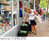 Купить «Мониторинг цен на социально значимые товары», фото № 1976579, снято 15 сентября 2010 г. (c) Анна Мартынова / Фотобанк Лори