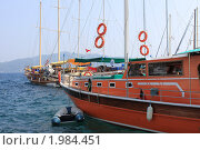 Купить «Морской порт», фото № 1984451, снято 6 августа 2010 г. (c) natalya ryzhko / Фотобанк Лори