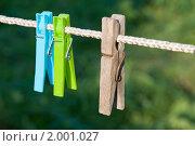Купить «Бельевые прищепки», эксклюзивное фото № 2001027, снято 25 сентября 2010 г. (c) Александр Алексеев / Фотобанк Лори