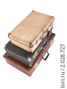 Купить «Три старых чемодана», фото № 2028727, снято 30 ноября 2009 г. (c) Losevsky Pavel / Фотобанк Лори