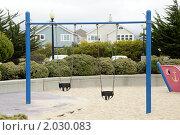 Купить «Качели на детской площадке», фото № 2030083, снято 24 июня 2019 г. (c) Елена Пупирина / Фотобанк Лори
