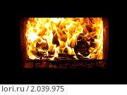 Купить «Огонь в камине», фото № 2039975, снято 9 октября 2010 г. (c) Катерина Макарова / Фотобанк Лори