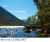 Купить «Алтай. Озеро Нижнее Мультинское», фото № 2082067, снято 21 августа 2010 г. (c) Andrey M / Фотобанк Лори