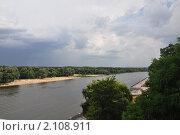 Купить «Гомель. Река Сож. Грозовые тучи», эксклюзивное фото № 2108911, снято 10 июля 2010 г. (c) Дмитрий Абушкин / Фотобанк Лори