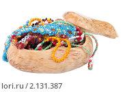 Купить «Изделия из бисера в деревянной шкатулке», фото № 2131387, снято 9 ноября 2010 г. (c) Ирина Смирнова / Фотобанк Лори
