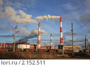 Купить «Три заводских трубы на фоне неба», фото № 2152511, снято 21 ноября 2010 г. (c) Василий Кореньков / Фотобанк Лори