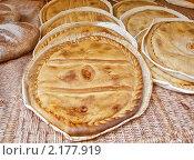 Купить «Домашний хлеб», фото № 2177919, снято 4 октября 2009 г. (c) valentina vasilieva / Фотобанк Лори