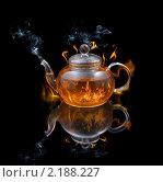 Купить «Стеклянный чайник», фото № 2188227, снято 18 мая 2010 г. (c) Наталия Евмененко / Фотобанк Лори
