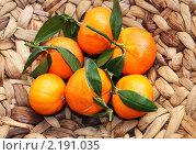 Купить «Мандарины», фото № 2191035, снято 12 февраля 2010 г. (c) valentina vasilieva / Фотобанк Лори