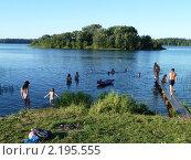 Жаркий денёк на озере. Стоковое фото, фотограф Михаил Щербаков / Фотобанк Лори
