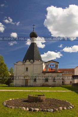 Кирилло-Белозерский монастырь. Церковь Епифания Великого (больничная)