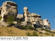 Купить «Крым.  Бахчисарайские сфинксы», фото № 2205703, снято 14 июня 2009 г. (c) T&B / Фотобанк Лори