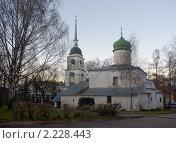 Купить «Церковь Анастасии Римлянки (Псков)», фото № 2228443, снято 14 ноября 2010 г. (c) Валентина Троль / Фотобанк Лори