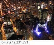 Купить «Ночной вид на даунтаун Чикаго с видовой площадки на Сирс-тауэр», фото № 2231771, снято 1 октября 2005 г. (c) Андрей Востриков / Фотобанк Лори