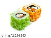 """Купить «Суши ( роллы урамаки """"Калифорния"""" ), японская кухня», фото № 2234863, снято 21 октября 2009 г. (c) ElenArt / Фотобанк Лори"""