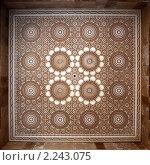 Резной потолок в мечети Хасана Второго в городе Эсуэйра , Марокко. Стоковое фото, фотограф Кравченко Юлия / Фотобанк Лори