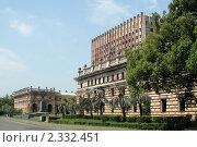 Купить «Сухум. Здание Совета Министров», фото № 2332451, снято 12 августа 2008 г. (c) Татьяна Нафикова / Фотобанк Лори