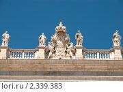 Купить «Фрагмент королевского дворца в Мадриде», фото № 2339383, снято 24 июня 2009 г. (c) Elena Monakhova / Фотобанк Лори
