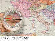 Компас на карте Европы. Стоковое фото, фотограф Чуев Максим / Фотобанк Лори
