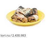 Купить «Сардина на тарелке», фото № 2430983, снято 26 марта 2011 г. (c) Лищук Руслан Викторович / Фотобанк Лори