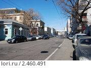 Купить «Москва. Вид на улицу Большая Ордынка», эксклюзивное фото № 2460491, снято 1 апреля 2010 г. (c) lana1501 / Фотобанк Лори