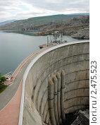 Купить «Плотина Чиркейской ГЭС», фото № 2475523, снято 21 февраля 2006 г. (c) fotobelstar / Фотобанк Лори