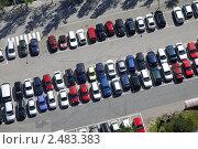Купить «Парковка, вид сверху», фото № 2483383, снято 6 августа 2009 г. (c) Андрей Ерофеев / Фотобанк Лори
