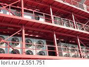Купить «Система центрального кондиционирования промышленного здания», фото № 2551751, снято 26 апреля 2011 г. (c) Игорь Долгов / Фотобанк Лори