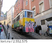 Лиссабон, лифт Глория (2011 год). Редакционное фото, фотограф Александр Карябин / Фотобанк Лори