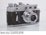 Фотоаппарат старый (2011 год). Редакционное фото, фотограф Александр Кадацкий / Фотобанк Лори
