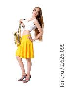 Купить «Девушка с саксофоном», фото № 2626099, снято 23 июня 2010 г. (c) Артем Поваров / Фотобанк Лори