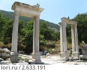 Руины древнего города Эфес в Турции (2010 год). Стоковое фото, фотограф Александр Верховцев / Фотобанк Лори