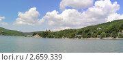 Купить «Озеро Абрау - самое большое пресноводное озеро на Кубани. Краснодарский край.», фото № 2659339, снято 5 июля 2011 г. (c) Федор Королевский / Фотобанк Лори