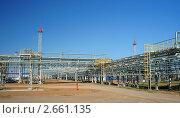 Купить «Завод по добыче и переработке природного газа», фото № 2661135, снято 13 июля 2011 г. (c) Виктор Водолазький / Фотобанк Лори