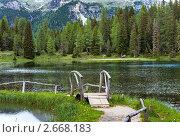 Купить «Альпийское озеро Лаго-ди-Анторно в Италии», фото № 2668183, снято 8 июня 2011 г. (c) Юрий Брыкайло / Фотобанк Лори