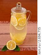 Купить «Лимонад в кувшине», фото № 2694715, снято 29 июля 2011 г. (c) Анастасия Мелешкина / Фотобанк Лори