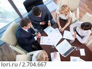 Купить «Совещание в офисе», фото № 2704667, снято 1 июня 2011 г. (c) Raev Denis / Фотобанк Лори