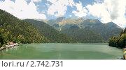 Купить «Абхазия , озеро Рица», эксклюзивное фото № 2742731, снято 21 февраля 2019 г. (c) Игорь Архипов / Фотобанк Лори