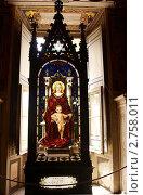 Витраж в музее Ватикана (2011 год). Редакционное фото, фотограф Ваганова Марина / Фотобанк Лори