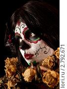 Купить «Девушка в гриме Сахарного Черепа», фото № 2792671, снято 17 октября 2010 г. (c) Elisanth / Фотобанк Лори