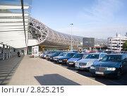 Купить «Здание аэропорта в Дюссельдорфе. Германия», эксклюзивное фото № 2825215, снято 13 сентября 2011 г. (c) Владимир Чинин / Фотобанк Лори