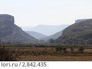 Купить «Крым, горный пейзаж в районе Бахчисарая», эксклюзивное фото № 2842435, снято 7 сентября 2011 г. (c) Дмитрий Неумоин / Фотобанк Лори